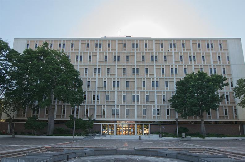 Pomona Court